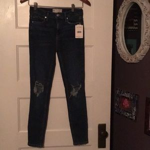 Free people jeans size 26 NWT distressed detail